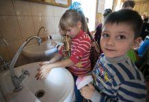 Mai mult de un sfert dintre școlile din România nu au condiții pentru spălat pe mâini