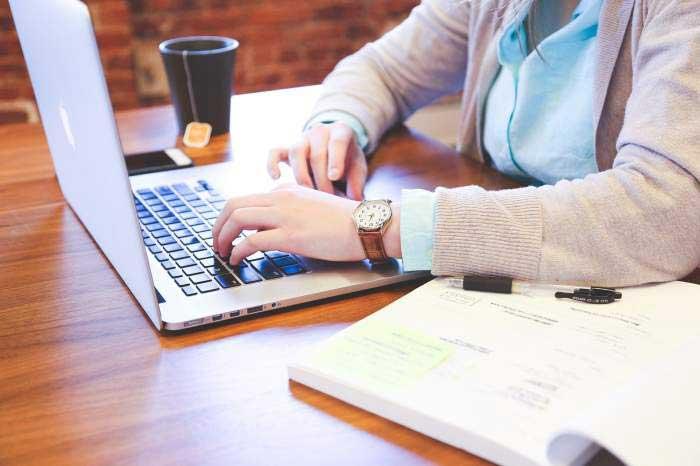 Platforma de teste pentru elevi Brio®, listată pe SeedBlink