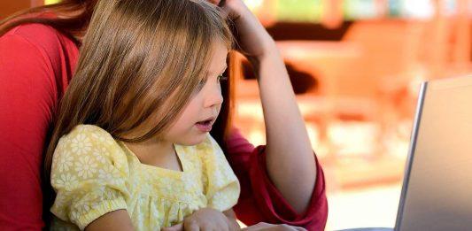 Zile libere plătite pentru părinți, în cazul în care se închid școlile