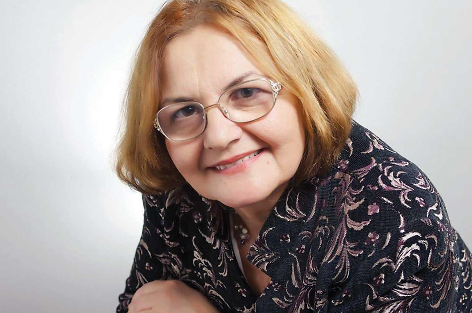 """Prof. univ. dr. Mihaela Miroiu: """"Problema este să încercăm să fim cu adevărat oameni în timpurile noastre"""""""