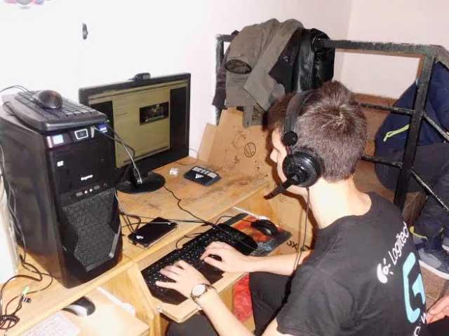 Școală online în tot Bucureștiul