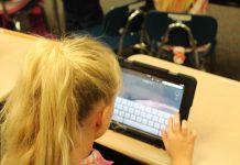 Peste un sfert dintre copii, în România, nu au acces la educația online