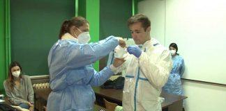 Guvernul a permis studenților de la Medicină să facă voluntariat în spitalele COVID din țară