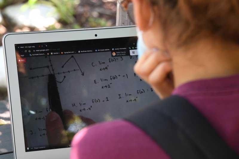 Deschiderea consultării privind Strategia pentru digitalizarea educației din România 2021-2027