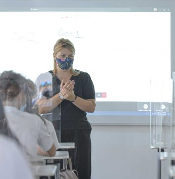 Înscrierea pentru vaccinare a angajaților din educație