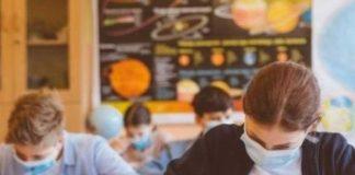 """Ministrul Sănătății, Vlad Voiculescu: """"Redeschiderea școlilor este condiționată de numărul cazurilor de COVID 19 aflate la terapie, care nu trebuie să depășească 1.500"""""""