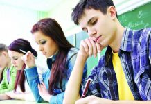 Noi materii în programa de liceu: Apps design, Animație/Animație 3 D, Scriere ficțională/creativă sau Șah