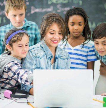 Program internaţional gratuit de pedagogie digitală pentru profesori