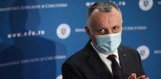 """Sorin Cîmpeanu: """"Limita dintre dreptul la sănătate și dreptul la educație e foarte subțire"""""""