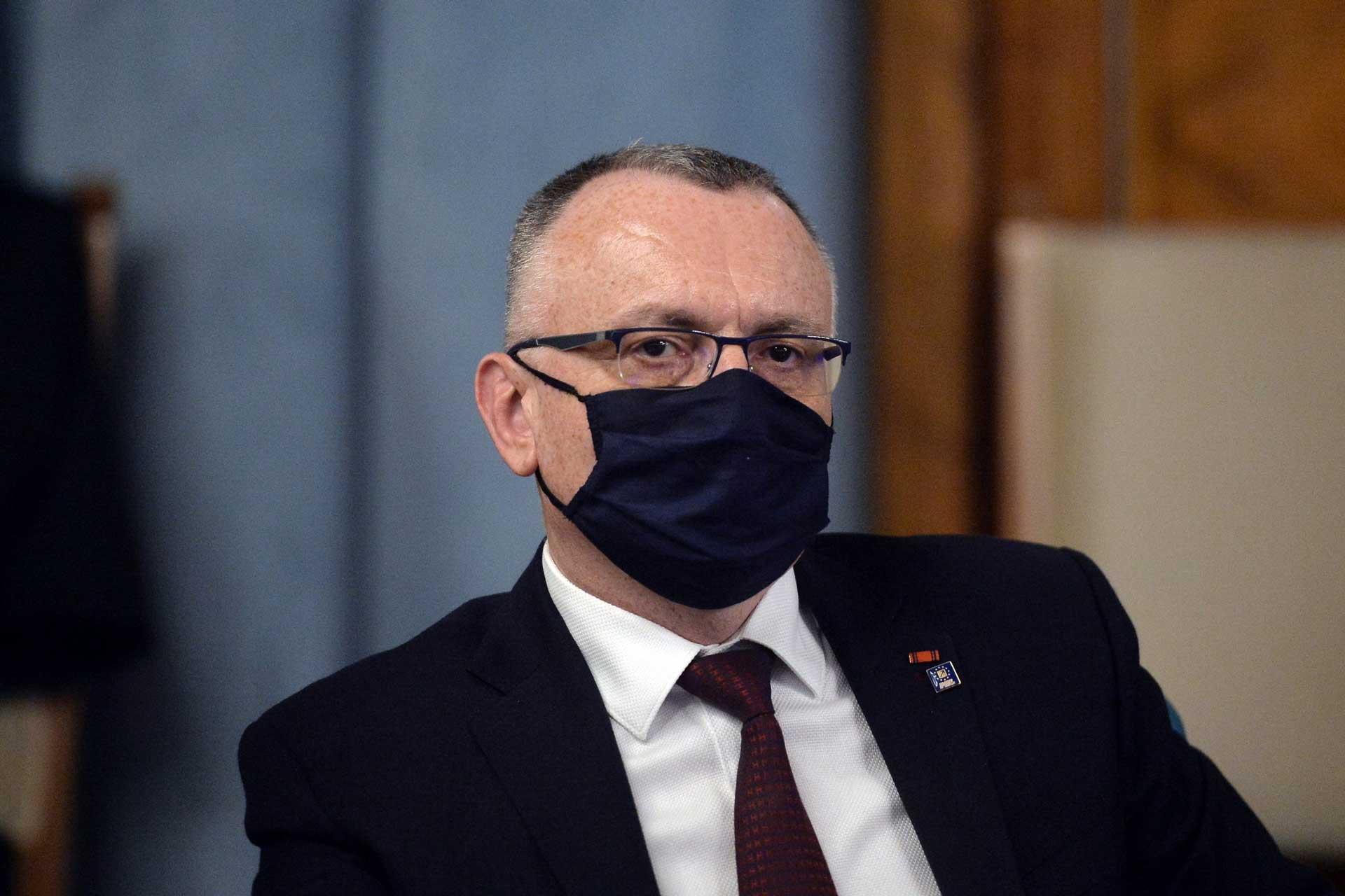 Sorin Cîmpeanu avertizează că demisionează dacă Educația nu va primi un buget mai mare decât cel de anul trecut