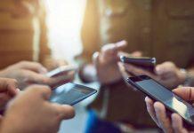Webinar gratuit – FOMO și presiunea asupra tinerilor de a fi mereu online