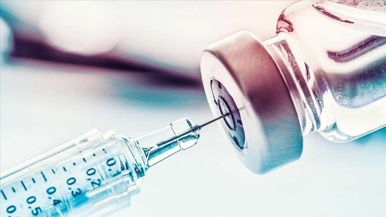 Peste 154.000 de angajați din învățământ au fost deja vaccinați